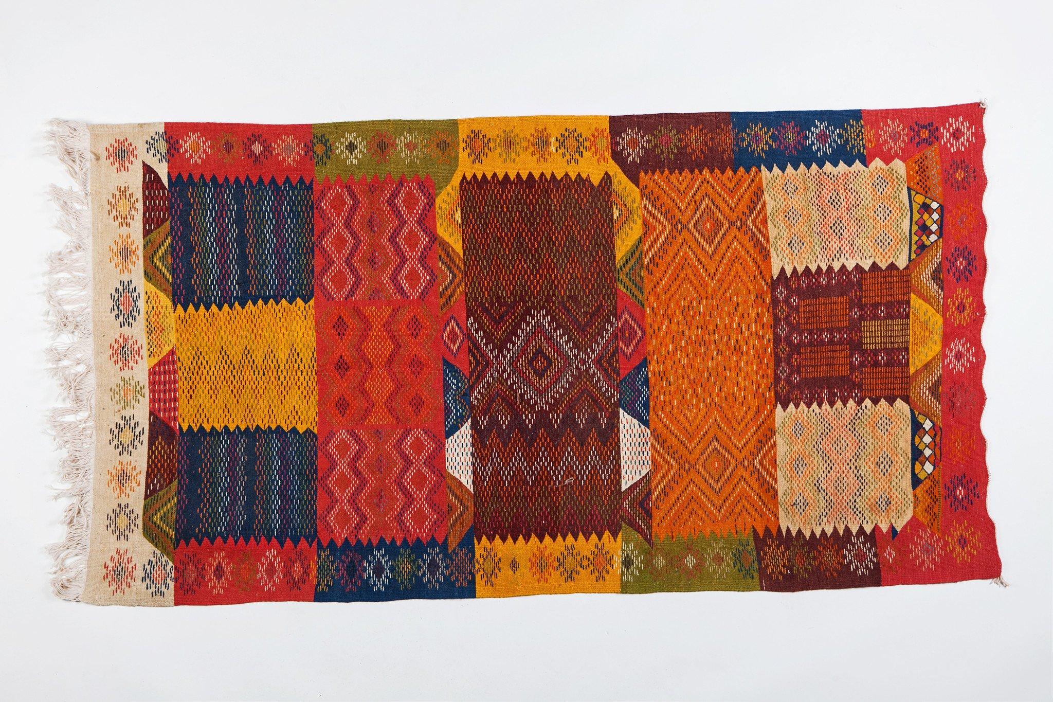 Berber Medium Rug - Handwoven Wool with Organic Multicolor Dye