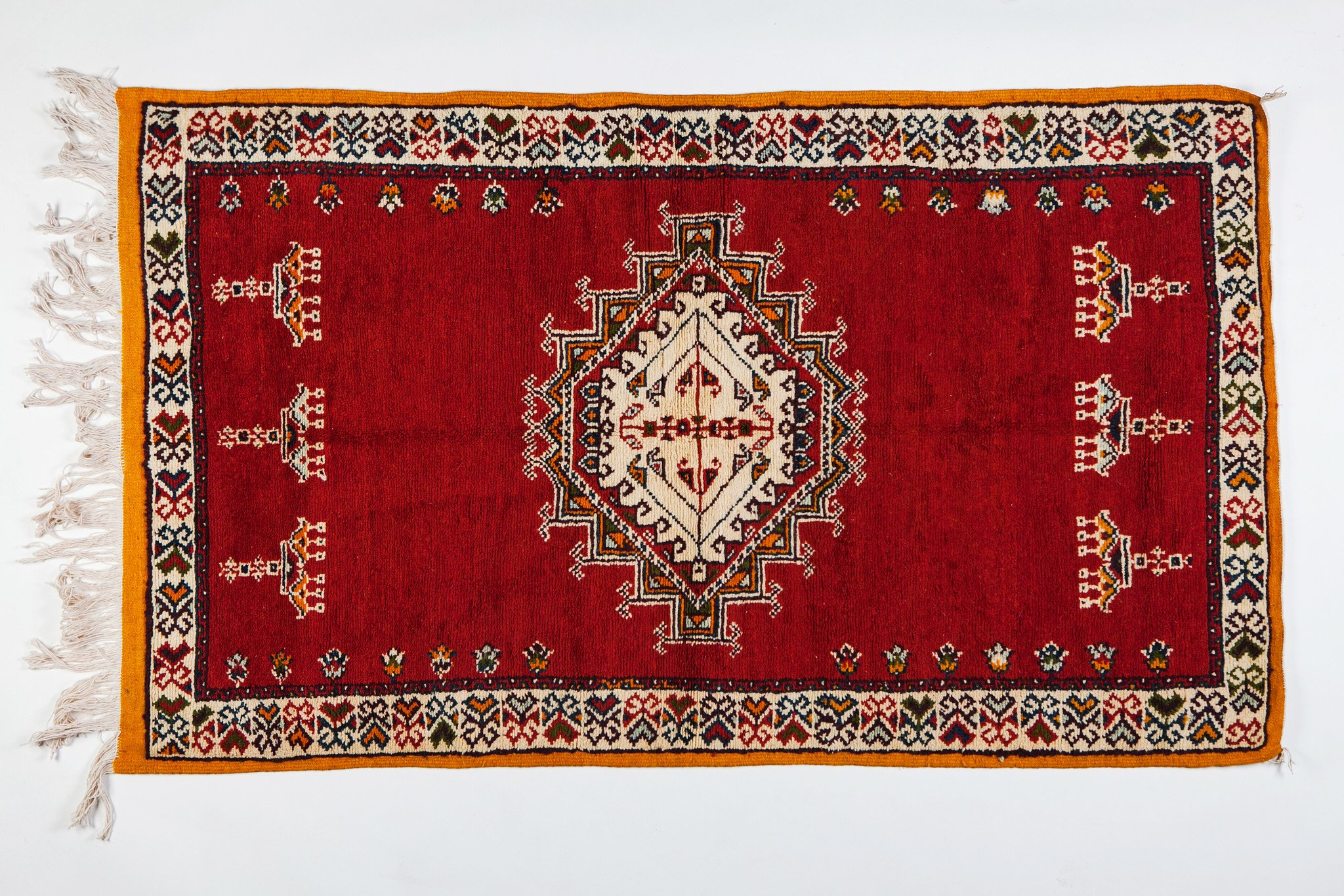 Berber Medium Rug - Handwoven Wool with Abstract and Geometric Elements